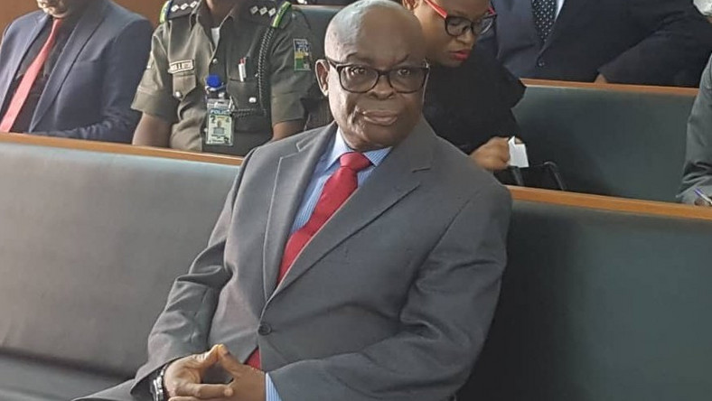 Walter Onnoghen does not agree with his conviction by the CCT [Twitter/@Mr JAGs]