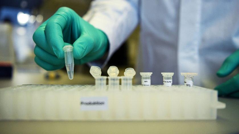 Nowy lek na covid. Działa przeciw wszystkim wariantom koronawirusa