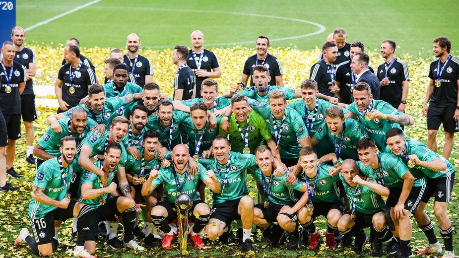 Legia Warszawa i jej feta za mistrzostwo Polski w sezonie 2019/2020