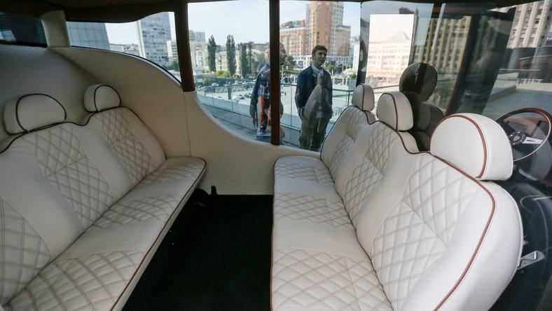 Ukraińcy myślą o przyszłości motoryzacji. Synchronous to ich nowy projekt samochodu nawiązujący do karet używanych niegdyś m.in. przez arystokrację…