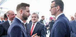 """Dali spokój """"królowi reprywatyzacji"""". Doradzał Morawieckiemu i robił opinie dla Jakiego"""