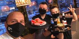 Restauracja w Puławach otwarta mimo obostrzeń. W starciu z sanepidem pomagają internauci