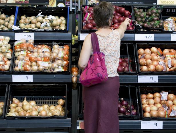 Konsumpcja żywności w Polsce w przeliczeniu na jednego mieszkańca wzrośnie w tym roku o 9,26 proc., natomiast do 2014 roku powinna powiększyć się o 61,78 proc.