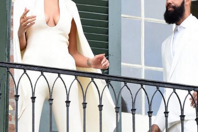 NAJKUL VENČANJA POZNATIH: Njihova svadba kao na filmu, a njena venčanica ZAPREPASTILA JE SVE