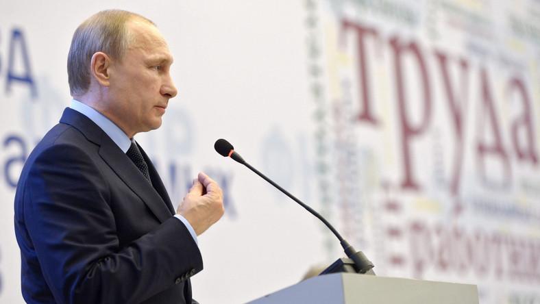 Szef brytyjskiego MSZ: Rosja musi oddać Krym, Putin jak tyran