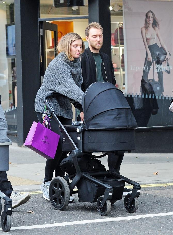 U šetnji Londonom sa sinčićem