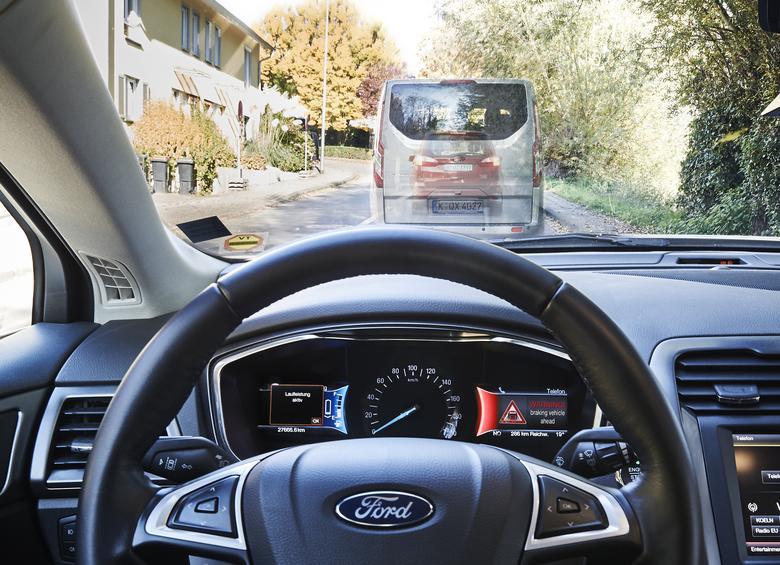 Car2Car - komunikacja pomiędzy samochodami