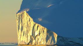 Grenlandia: oderwała się gigantyczna góra lodowa