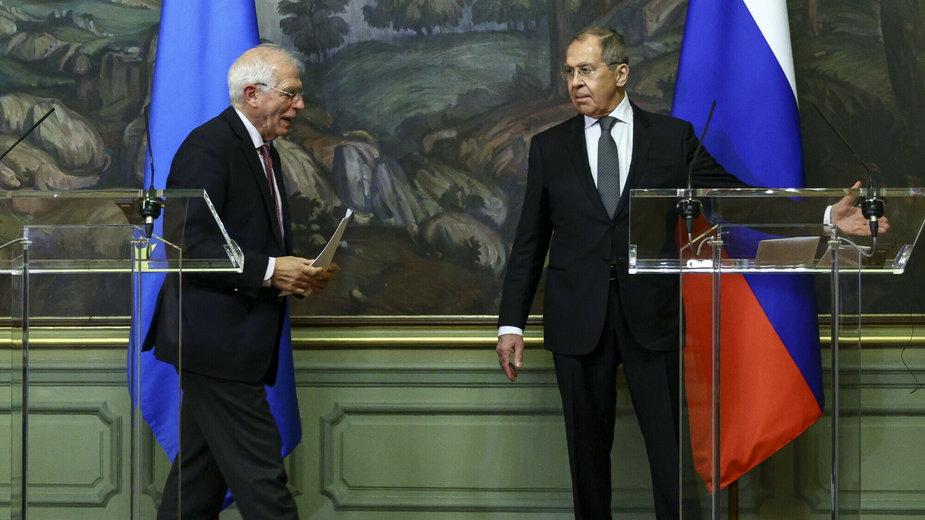 Josep Borrell i Siergiej Ławrow