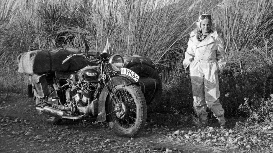 Wyprawa motocyklowa do Chin Haliny Korolec-Bujakowskiej i jej męża Stacha