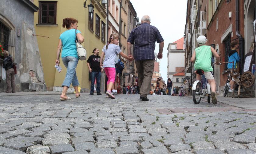 Bruk na Starówce w Warszawie