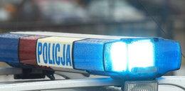 Policja: strażak wciągnął do samochodu i pobił chłopców. To była zemsta za... hulajnogę syna