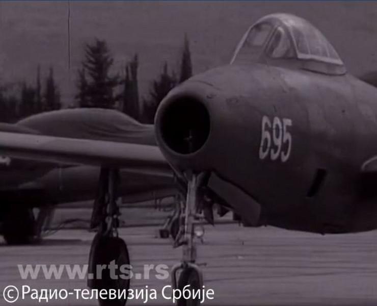 678909_piloti-jna-foto-printskrin-rts-3