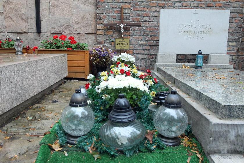 Grób Bogusława Kaczyńskiego jest na warszawskich Powązkach