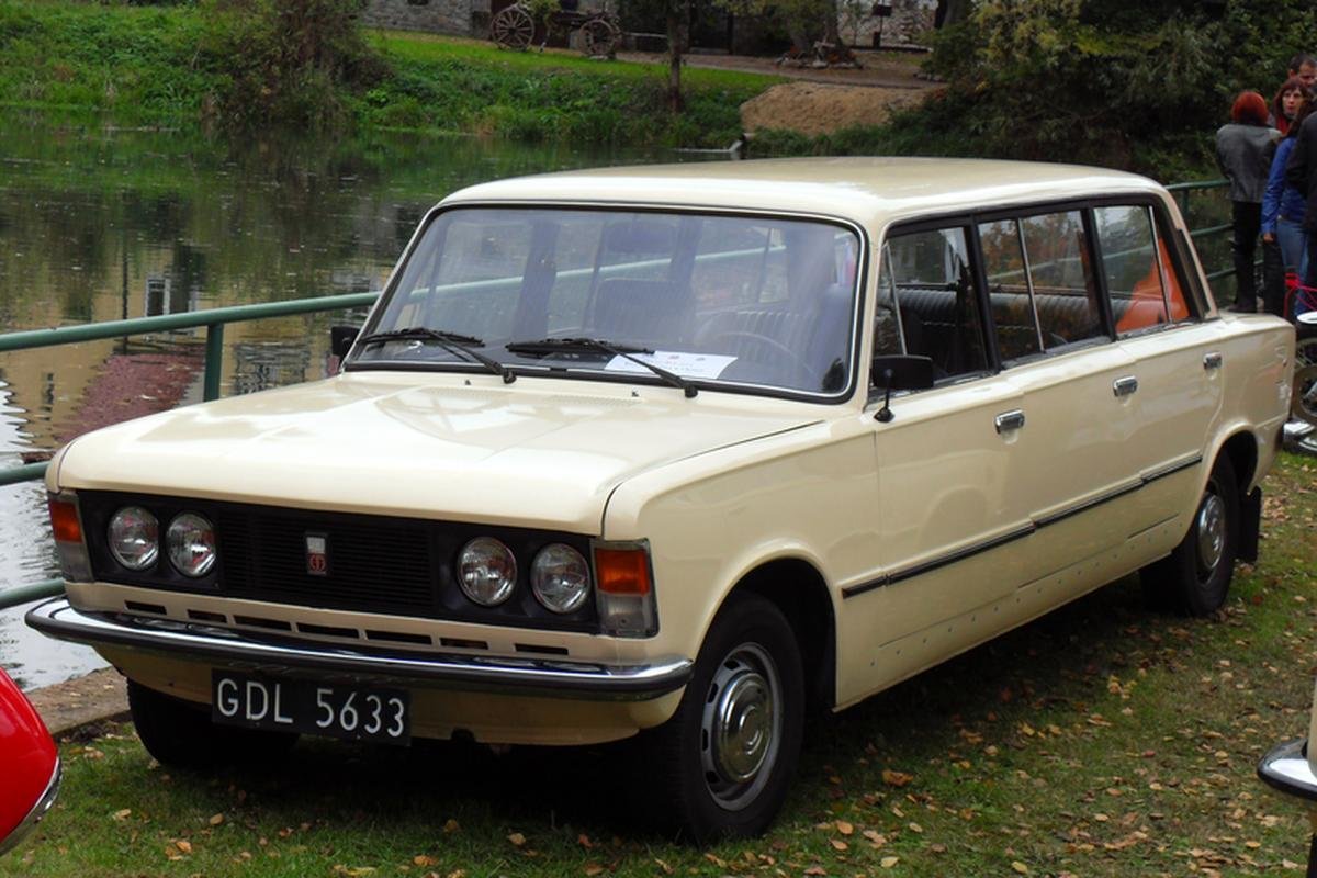 Polski Fiat 125p jamnik