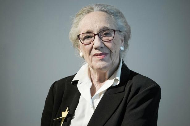Maja Komorowska to jedna z najwybitniejszych aktorek w historii polskiego kina i teatru. Zaczynała w teatrze Jerzego Grotowskiego, potem występowała m.in. w przedstawieniach Jerzego Jarockiego, Helmuta Kajzara, Erwina Axera, Macieja Englerta, Krystiana Lupy.