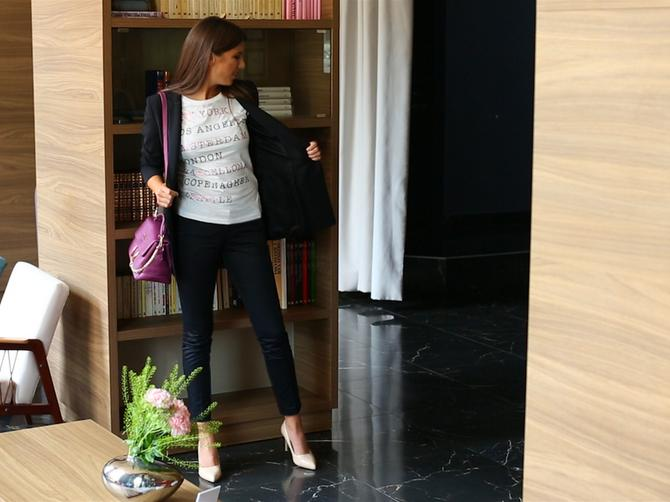 Novi stil u 30 sekundi: Crne pantalone za dan i noć