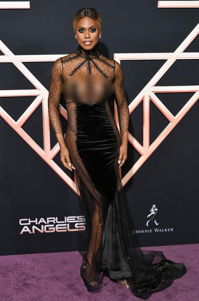 Drugi pogled na haljinu, šta kažete?