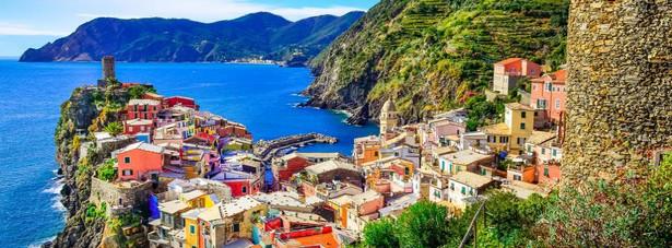 2. Włochy Przy 61-milionowej populacji Włoch 6 % stanowią osoby powyżej 80 roku życia.