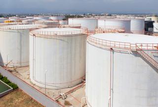 Eksperci przestrzegają, że boom na LNG może być równie niebezpieczny dla klimatu jak węgiel