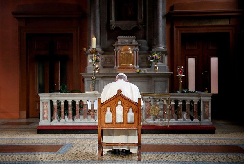 Papież spotkał się w Dublinie z ofiarami księży pedofilów