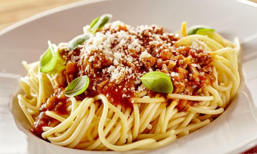 Spaghetti bolognese: przepis na włoski makaron