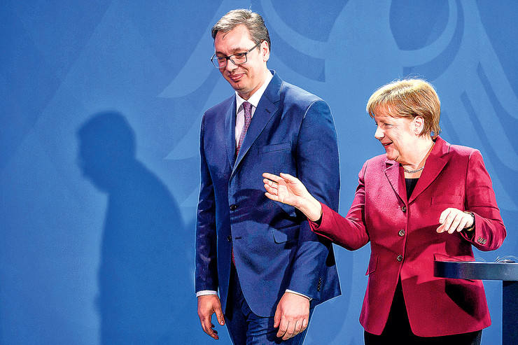 Vučić i Merkelova