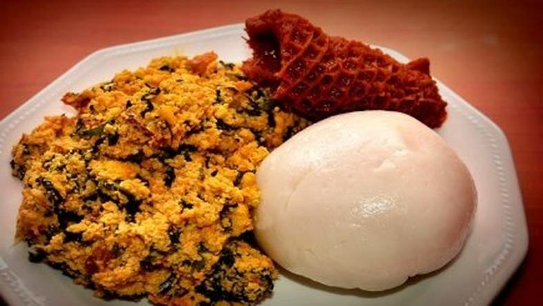 ___4329403___https:______static.pulse.com.gh___webservice___escenic___binary___4329403___2015___11___5___13___Pounded+yam+and+egusi