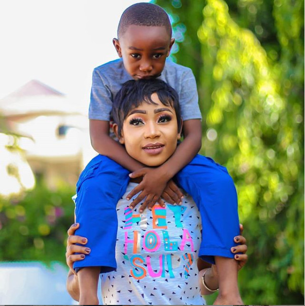 5 cute photos of Akuapem Poloo and son that are not borderline child abuse  | Pulse Ghana