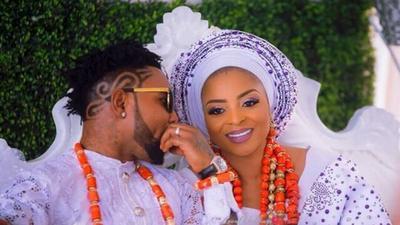 Singer Oritsefemi tenders public apology to wife Nabila Fash