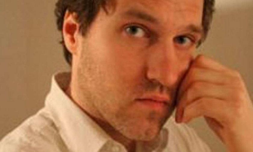 """Mariusz Bulski, aktor znany głownie z epizodów (m.in. """"M jak miłość"""" i """"Plebania"""") oraz występu w filmie Jana Pospieszalskiego """"Solidarni 2010"""" powiedział, że zwolennicy krzyża będą go bronić dzień i noc"""