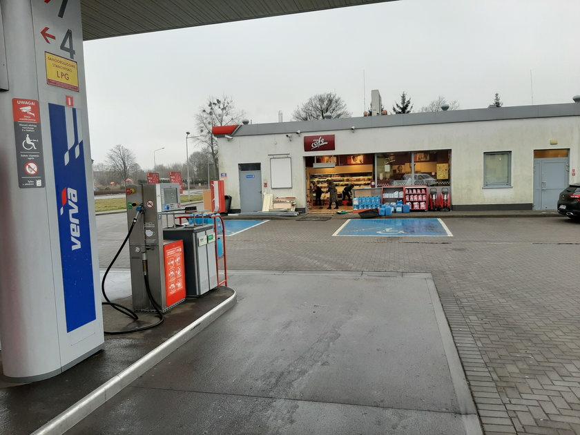 37-latka, która wjechała w stację benzynową w Rymaniu, usłyszała zarzuty.