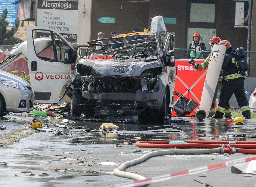 Wybuch samochodu przewożącego butle z gazem w Warszawie. Są ofiary