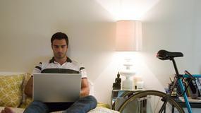 Męska sypialnia - jak ją ogarnąć?