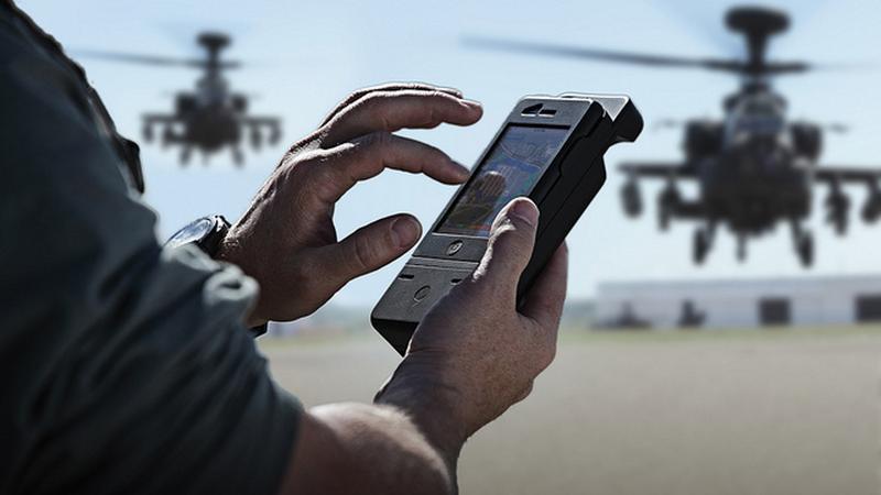 Wojsko coraz częściej korzysta ze smartfonów