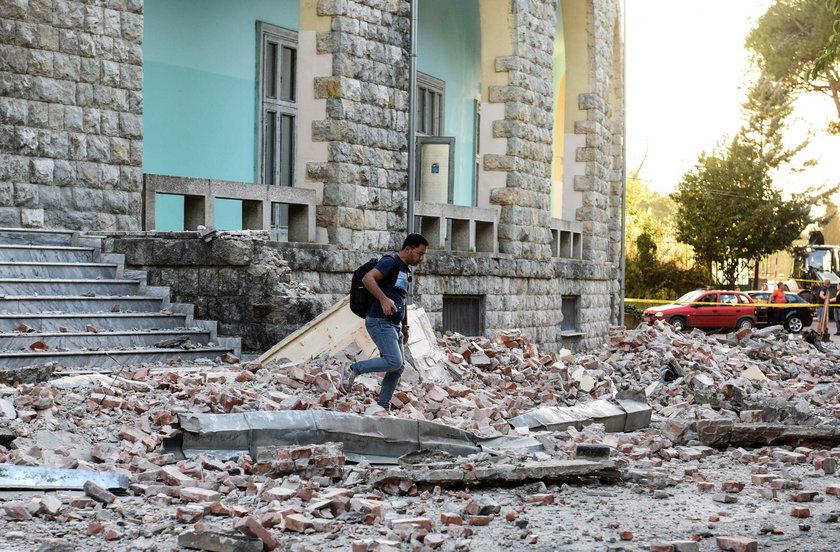 W Albanii zatrzęsła się ziemia.