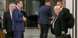 Nerwowość w PiS. Większość w Sejmie wciąż wisi na włosku