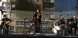 Kasia Kowalska wróciła do pracy. Dała koncert pod blokiem