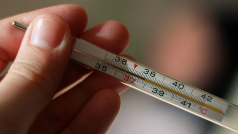 Gorączka. Pomiar termometrem