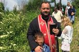 sveštenik stevan 01, kosovo