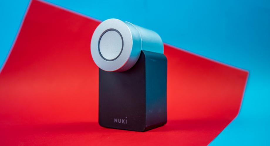 "Smartes Schloss Nuki Combo 2 im Test: ""Hey Siri, öffne die Tür"""