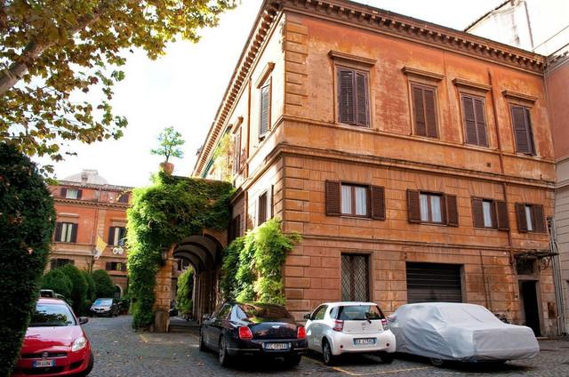 Ova državica ima i ambasadu u Rimu