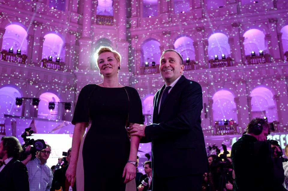 Przewodniczący PO Grzegorz Schetyna z małżonką Kaliną