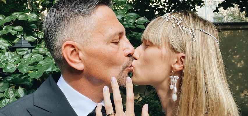 Krzysztof Ibisz pokazał nowe zdjęcia z dnia swojego ślubu. Jak wyglądały kulisy ceremonii?