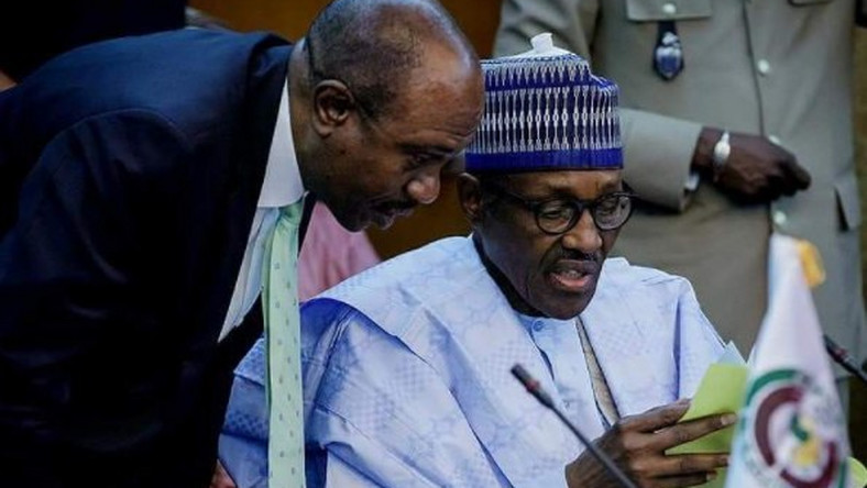 President Muhammadu Buhari (right) and CBN governor, Godwin Emefiele (left) [Breaking Times]