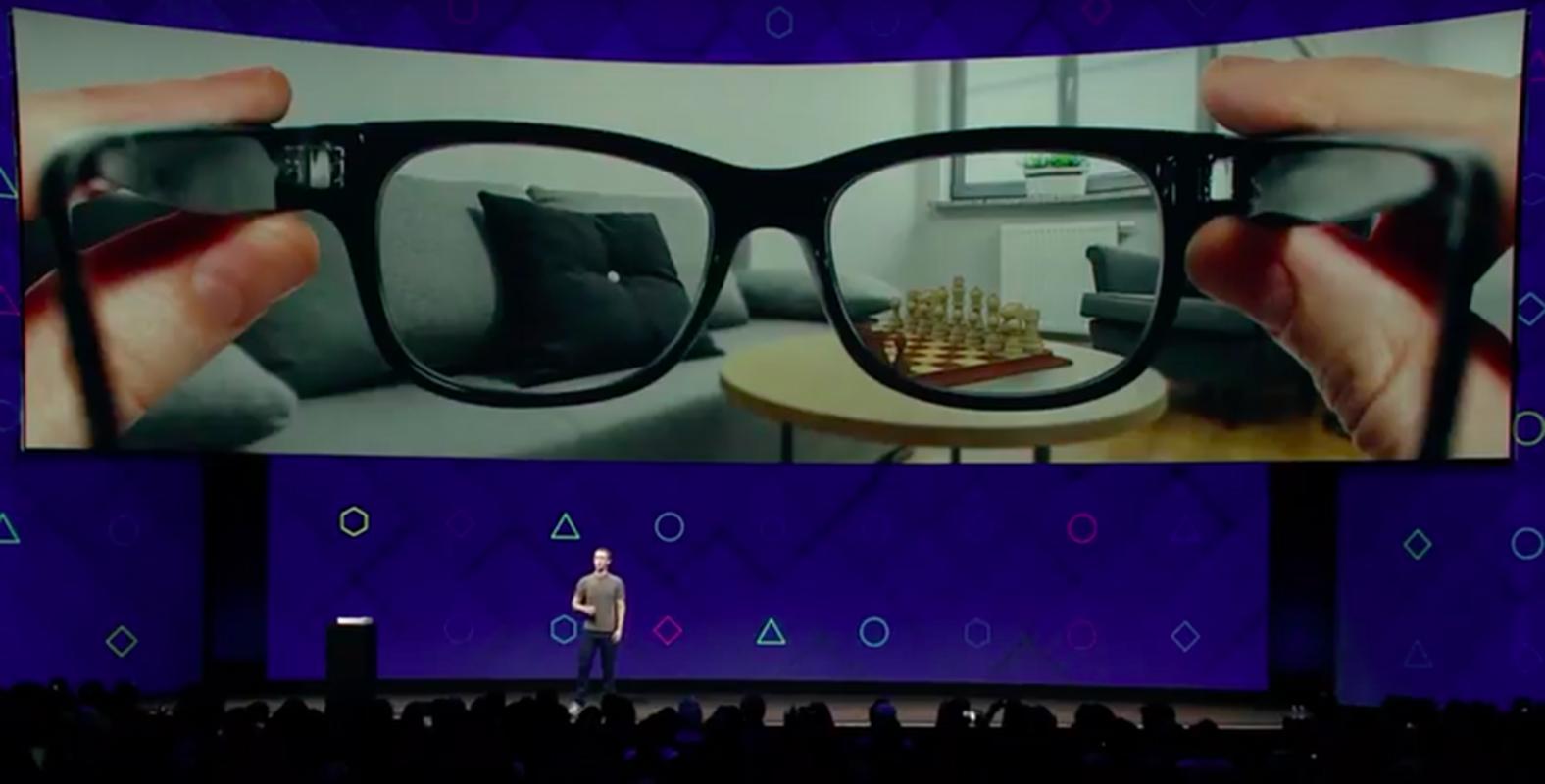 Celem Facebooka jest wypuszczenie okularów, które pozwalałyby na wyświetlanie wirtualnych treści na podglądzie prawdziwego świata - np. cyfrowej szachownicy na stole