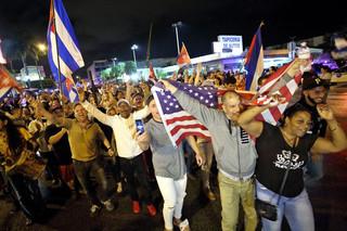USA: Okrzyki 'Cuba Libre' na wieść o śmierci Castro