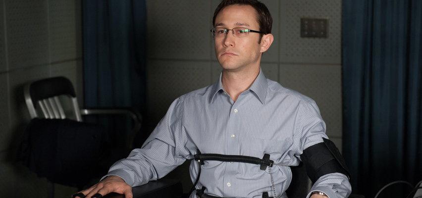 """""""Snowden"""". Zdradzał sekrety rządzących. Pozostał człowiekiem zagadką"""