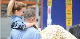 Izabela Janachowska: Milioner nosi ją na rękach