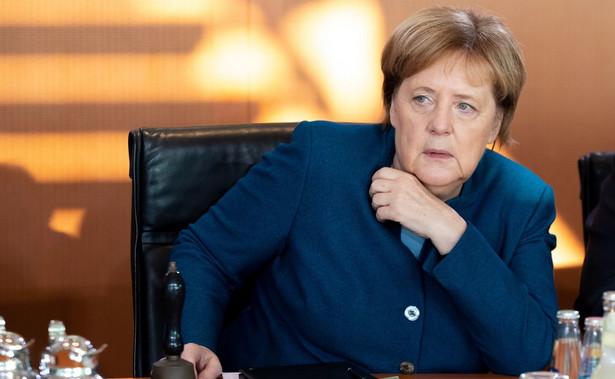 """""""Powiedzieliśmy, że nie będzie dalszego otwierania umowy"""" - cytuje słowa niemieckiej kanclerz na posiedzeniu frakcji CDU/CSU dpa, powołując się na źródła na nim obecne."""